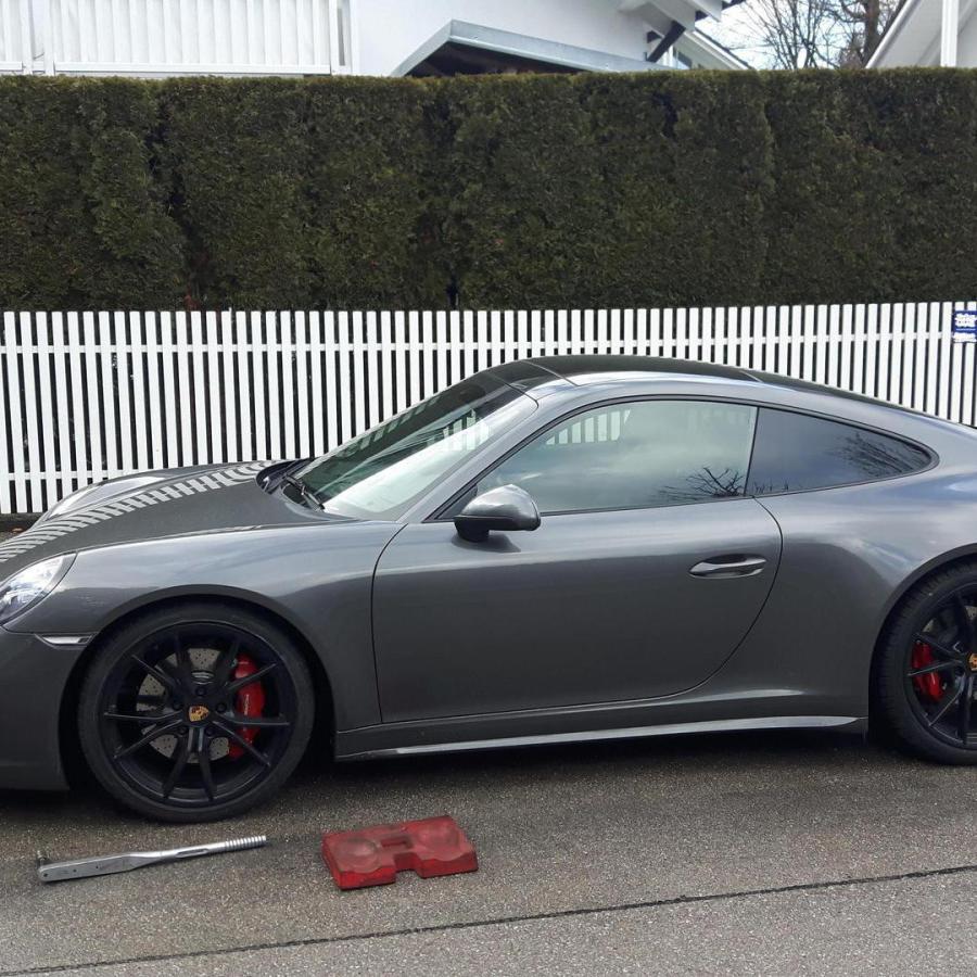 Vor Ort Reifenmontage Porsche 911